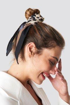 nakd_leo_print_hair_scarf_1015-001067-0017_01l